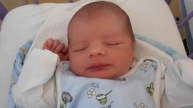 Kamenný Újezd bude místem, kde bude dětství prožívat Tobias Rotbauer. Poprvé pohlédl na svět ve středu 10.7.2013 v 8.18 hodin. Po narození vážil 3,36 kg.