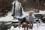 V zimě i v létě láká k vycházkám Terčino údolí u Nových Hradů. K atrakcím patří i umělý vodopád. K péči o údolí v posledních letech přispívá okrašlovací spolek.