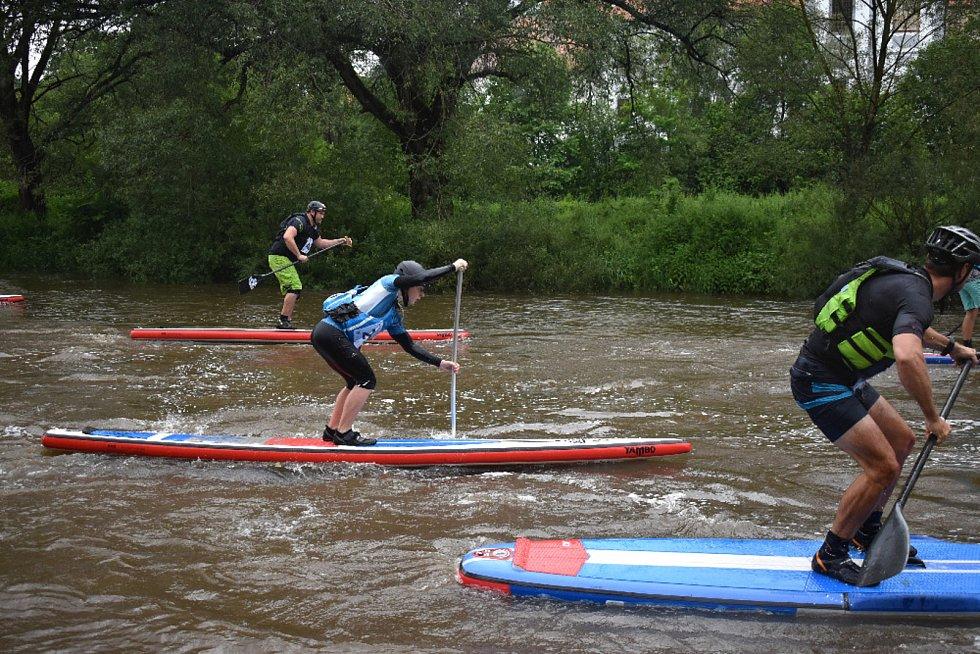 Závod paddleboardů Zlatka - Boršov.
