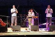 Bára Hrzánová a Condurango vystoupila na festivalu v sobotu.
