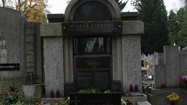 První prvorepublikový starosta odpočívá na hřbitově sv. Otýlie v Budějovicích.