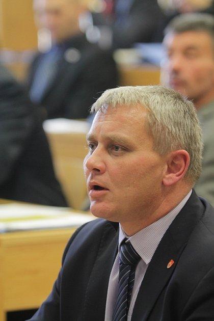Ustavující jednání českobudějovického zastupitelstva, pátek 21.listopadu. Na snímku Miroslav Joch.