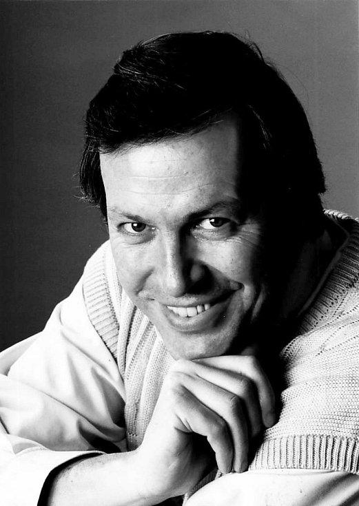 Richard Haan – operní pěvec, držitel ceny Thálie a také dálkový plavec,  pokořitel kanálu La Manche