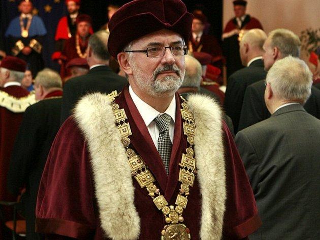 Rektor Libor Grubhoffer