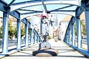Na snímku Vedeckofantastická bomba ... Ondreje 4 na Zlatém mostě.