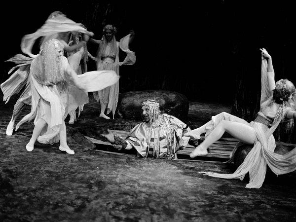 Zemřel Oldřich Jakubík, jedna zosobností opery Jihočeského divadla. Bylo mu 83let. Na snímku jako Vodník vRusalce, 1991.