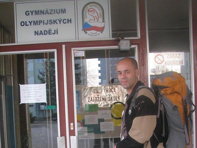 Horolezec Radek Jaroš na návštěvě v Gymnáziu olympijských nadějí