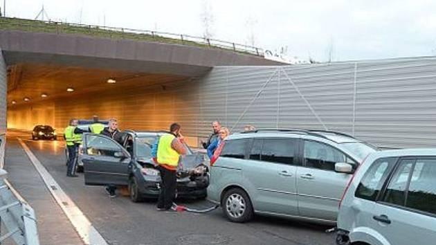 V neděli odpoledne došlo na novém obchvatu Freistadtu k první nehodě.