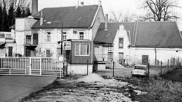 Bývalá Zátkova pekárna v březnu 1989 vyráběla limonády.