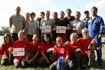 SDH Staré Hodějovice při soutěži v požárním sportu u Hodějovického rybníka,, které se zúčastnila družstva mužů a žen i družstvo mužů nad 35let.