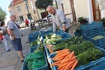 Tradiční trh na Piaristickém náměstí v Českých Budějovicích