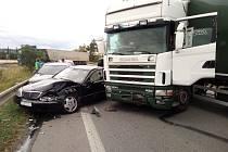 Nehoda na E55 zablokovala vjezd do Českých Budějovic.