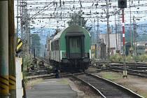 V úterý se stávka proti vládním reformám vyhnula cestujícím, kteří odjeli běžným vlakem z Českých Budějovic (na snímku) do Horažďovic ve 13.09 hodin.