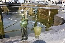 Vodohospodáři připravují Samsonovu kašnu na letní sezónu.