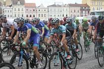 První etapa odstartovala v Českých Budějovicích. Dnes jeli cyklisté z Českých Velenic do Kaplice