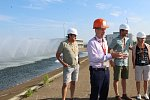 Návštěvníci mimořádných prohlídek projdou téměř celým střeženým prostorem Jaderné elektrárny Temelín.