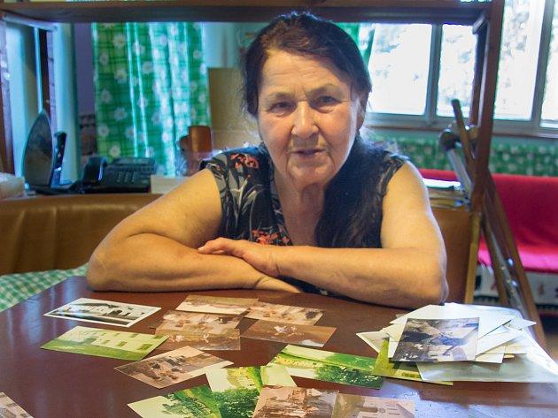 Voficiálních archivech se znatáčení filmu dochovalo jen několik fotek, Vlasta Sládková má ale mnoho vlastních.