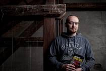Spisovatel Jiří Březina a jeho nová kniha, krimi Promlčení. Za svou prvotinu, knihu Na kopci, získal rodák z Českých Budějovic cenu Nejlepší česká detektivka.