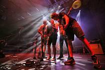 Hokejová Budvararena hostila rockový festival. Vrcholem večera byly Tři sestry.