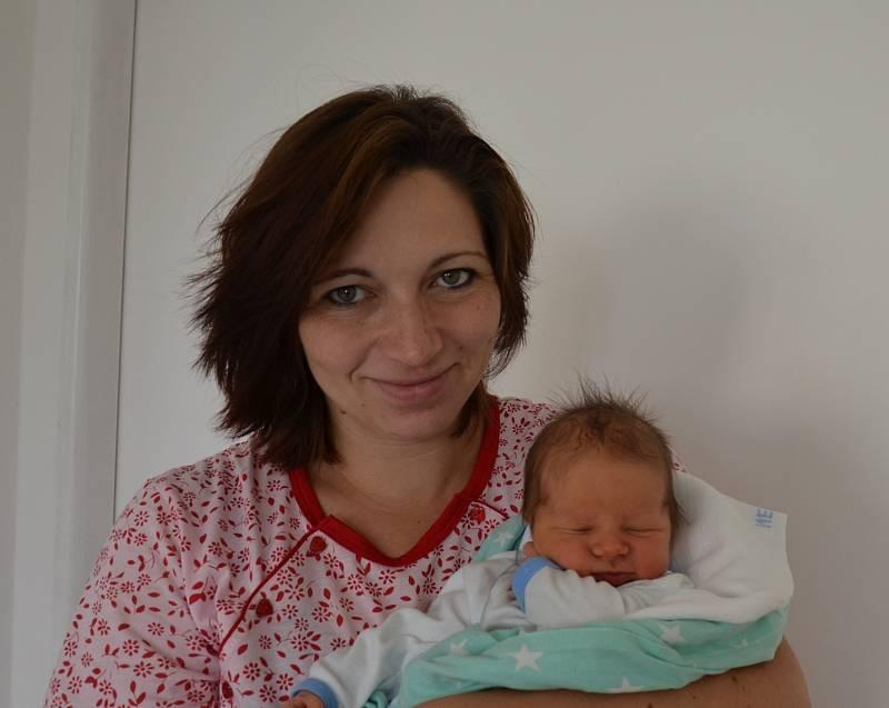V Nepřejově bude vyrůstat novorozený Janek Tesař. Syn Kláry a Martina Tesařových se narodil 9. 9. 2021 v 15.23 h, vážil 3,80 kg. Doma se na něj těšili tři starší sourozenci.