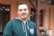 Michal Čáp přivezl z Pardubic pomoc na vlastní pěst.