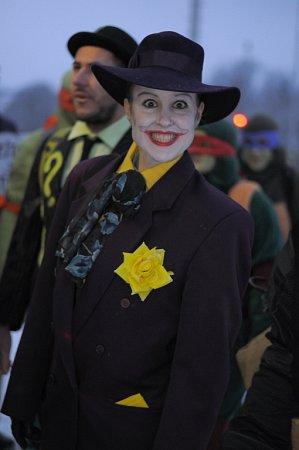 Silvestrovský vlak InterLokál jel 31.prosince zVimperka do Kubovy Huti. Téma 15.ročníku zábavné akce bylo komiks, takže děti potkávaly Zorro mstitele, Želvy Ninja nebo hrdiny ze Čtyřlístku.