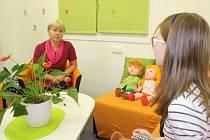 Výslechy dětí vyšetřovatelka Renata Miková provádí ve speciální místnosti připomínající dětský pokojíček.