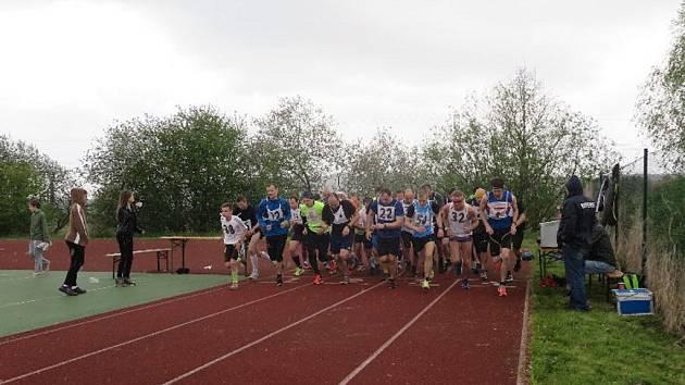 Tři, dva, jedna, start! V Ševětíně se konal 53.ročník Běhu vítězství.
