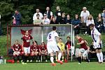 """Žensko-mužský fotbal mohli vidět včera  diváci na """"Koháči"""""""