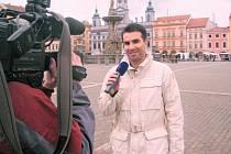 Fotbalový rozhodčí Jan Jílek patří k nejvytíženějším českým ligovým arbitrům. Pro svou komunikativnost patří i k vyhledávaným respondentům České televize.