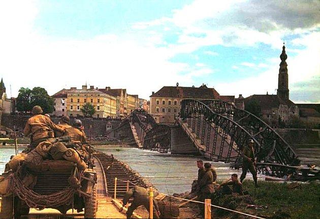 Most vBraunau za války.