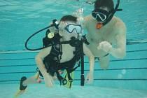 Mladý potápěč záchranářem