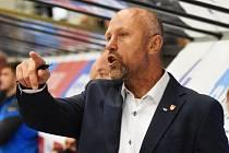 Trenér Motoru Jaroslav Modrý včera spokojen být nemohl, jeho tým na úvod sezony prohrál v Třinci.