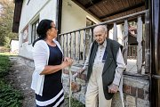 Do své rodné Hluboké nad Vltavou se vypravil pátrat po svých vlastních stopách jednadevadesátiletý Jiří Kalma.
