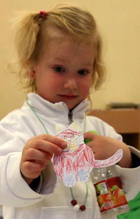 Děti si v Noci s Anersenem vytvořily svět Malé mořské víly.