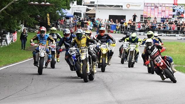 Supermoto se jelo v Písku společně s rakouským mistrovstvím.
