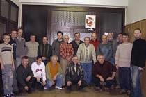 Včelaři ze Strážkovic a okolí se společně scházejí vždy v březnu na výroční schůzi a v červnu na odborném kurzu . Loni přibyl i ples.