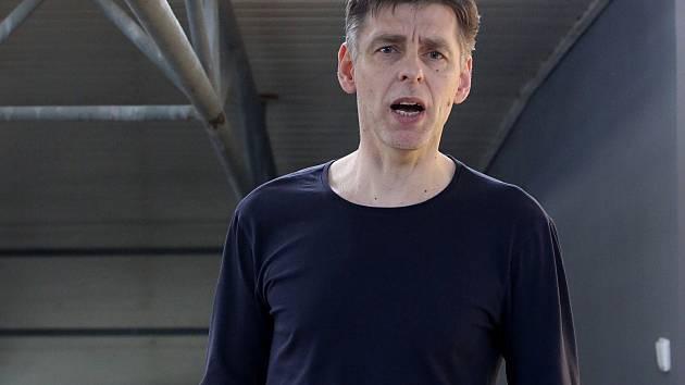 Trenér Jihostroje René Dvořák chce ostravskou euforii zastavit.