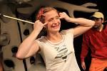 Premiéru pohádky Čarodějka Jennifer uvede v sobotu Loutkohra Jihočeského divadla v Malém divadle. Na snímku Lucie Škodová.