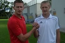 Souboj bratrů Milana a Michala Škody byl jedním z taháků pátečního zápasu I. ligy mezi Dynamem a Slavií.