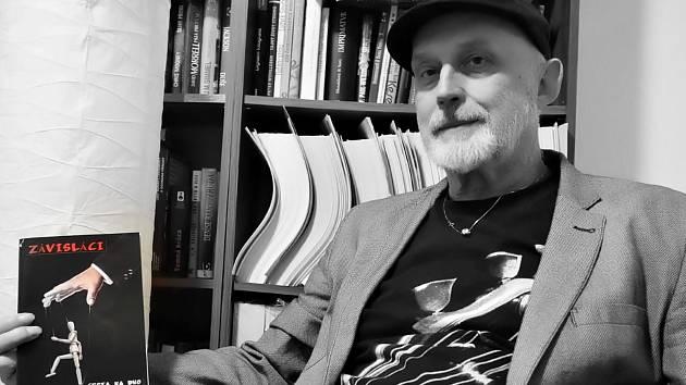 Luboš Hrdlička, muzikant, nově také autor knihy o závislostech.
