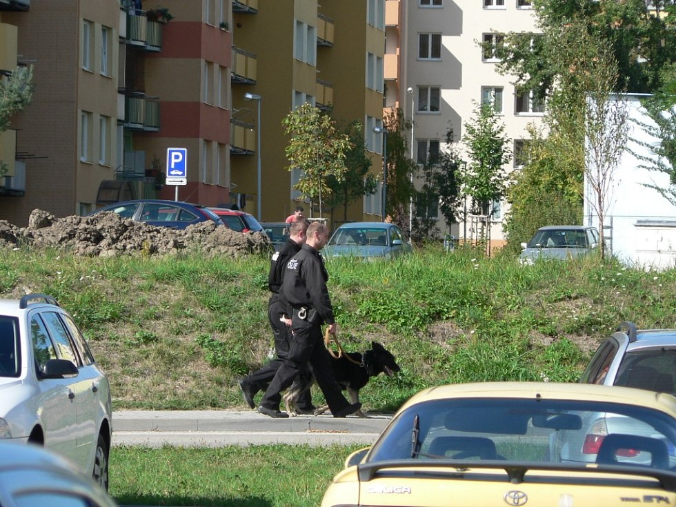 Sobota 14. září 2013 v ČB. Policie v akci kvůli zakázanému pochodu extremistů.