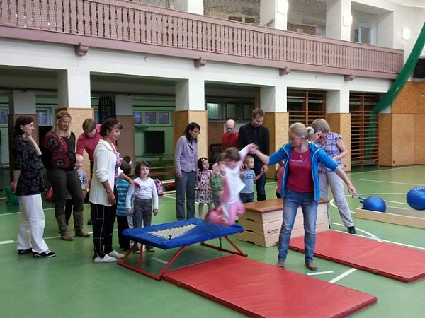 Svou tělocvičnu dnes využívají oddíly T. J. Sokol Hluboká nad Vltavou pro různé aktivity.