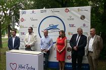 Nové vývaziště pro malá plavidla vzniká v Českých Budějovicích na Vltavě. Rozvoj aktivit podél řeky byl v pátek 20. 8. 2021 tématem odborné konference za účasti zástupců samosprávy i státních organizací.