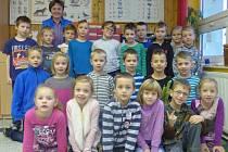 Prvňáčci ze Základní a Mateřské školy na Borku nedaleko Českých Budějovic.