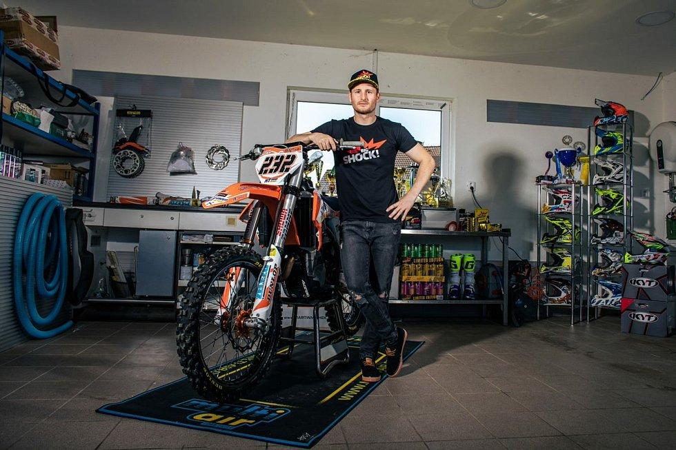 Martin Michek se po Dakaru vrací k motokrosu.