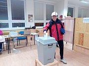 Volební okrsek 36 v ZŠ O.Nedbala v Českých Budějovicích.