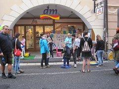 O stánek v Krajinské ulici byl zájem.