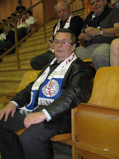 Zápasy v Kladně sledoval také viceprezident Jihostroje Miroslav Čadil, který slaví 65. narozeniny