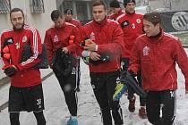 Fotbalisty Dynama čeká v pátek na Složišti v letošní premiéře zápas s juniorkou Sparty (11.00).